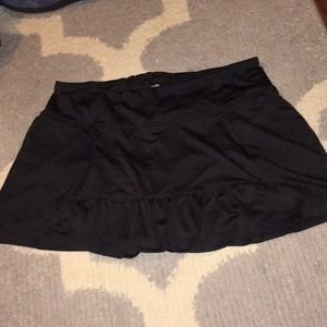 Women's black spandex athletic skirt